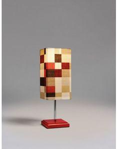 Abajour Vermelho - R$320,00