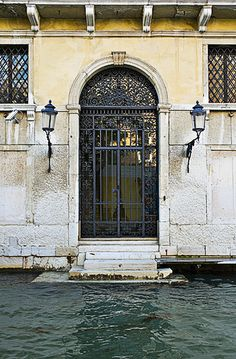 Venice, just pull up to your home in a boat, how amazing would that be! Venice Boat, Venice Italy, Old Doors, Front Doors, Entry Gates, Entrance, The Doors Of Perception, Door Picture, Iron Work