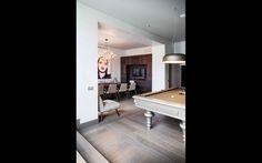 Arredamento su misura per le suite dell'hotel. #interiordesign #madeinitaly #furniture Superior Hotel, Milan Hotel, Star, Interior Design, Table, Home Decor, Nest Design, Decoration Home, Home Interior Design
