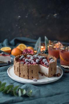 Cinnamon mousse cake ⋆ crunchy parlor- Zimt Mousse Torte ⋆ Knusperstübchen Delicious recipe for easy storage and imitation. Light Desserts, Fun Desserts, Christmas Desserts, Christmas Baking, Cookie And Cream Cupcakes, Pumpkin Chocolate Chip Cookies, Cinnamon Cookies, Sweet Bakery, Mousse Cake