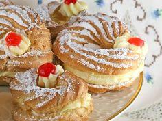 Joseph's Cream Puffs with Almond Pastry Cream (Zeppoli di San Giuseppe) - Sticky Gooey Creamy Chewy Fancy Desserts, Italian Desserts, Just Desserts, Delicious Desserts, Pastry Recipes, Baking Recipes, Cookie Recipes, Dessert Recipes, Italian Bakery