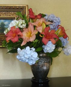 Day lilies and hydrangea, 2011