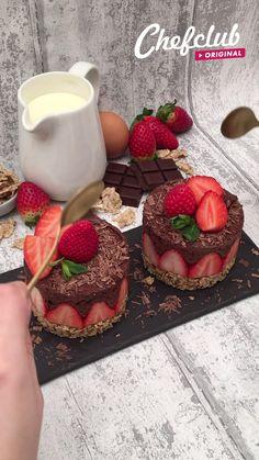 Fancy Desserts, Köstliche Desserts, Chocolate Desserts, Dessert Recipes, Chocolate Covered Oreos, Fun Baking Recipes, Sweet Recipes, Amish Recipes, Dutch Recipes