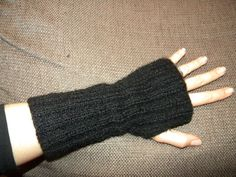 Diy Laine, Fingerless Gloves, Arm Warmers, Mittens, Free Pattern, Knit Crochet, Costumes, Knitting, Bonnets