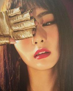 Photo album containing 11 pictures of Red Velvet Red Velvet Seulgi, Red Velvet Irene, Black Velvet, Kpop Girl Groups, Kpop Girls, Asian Music Awards, Divas, Kang Seulgi, Jimin Seulgi