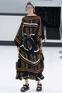 2016春夏プレタポルテコレクション - シャネル(CHANEL)ランウェイ コレクション(ファッションショー) VOGUE JAPAN