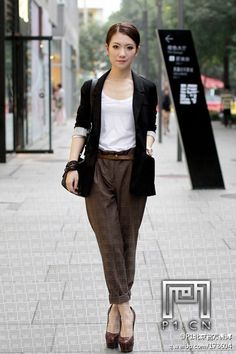 Great outfit, I want to have similar trousers but jeans