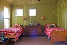 Wilder & Elliott's Wild, Wonderful Forest - A beautiful children's bedroom to accommodate 2 kids - great colours that will work for any season and lots of space.