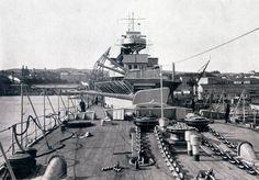 Almirante Cervera      10 de septiembre de 1928. Vista del castillo de proa del crucero. Libro OBRAS S.E. de C.N. 1928.