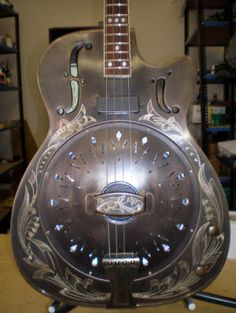 Antiqued Amistar Stager acoustic/electric resonator tenor guitar