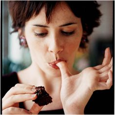 Mau Langsing? Nikmati Saat-Saat Makan Cokelat!
