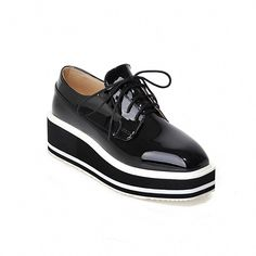 6a2fd019252 Heels  approx 5 cm Platform  approx 3 cm Color  black