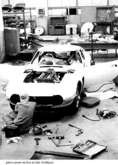 2000 GT Assembly
