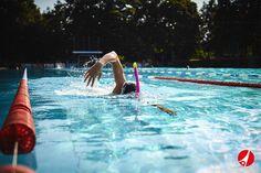 Entdecke Trainingsgeräte für dein effektives Schwimmtraining und steigere deine Leistung.