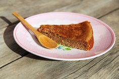 Après mes pancakes sans gluten, voici une recette de moelleux 100% à la farine de châtaigne, donc sans gluten. C'est une farine pas donnée mais elle donne un goût incomparable et très particulier (qui rappelle ceux mangés en Corse évidemment).