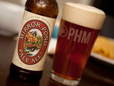 Mirror Pond Pale Ale (Deschutes Brewery, Bend, Oregon)