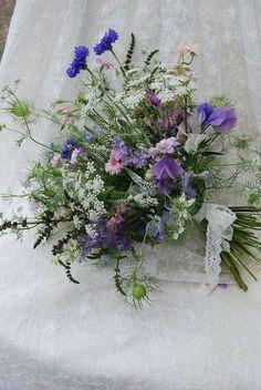 New flowers wedding bouquet blue sweet peas Ideas Blue Wedding Flowers, Bridesmaid Flowers, Bride Bouquets, Flower Bouquet Wedding, Wild Flowers, Beautiful Flowers, Flower Bouquets, Bridesmaids, Gardens