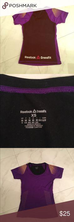Reebok Crossfit Top EUC Size xs Crossfit Top Reebok Tops Tees - Short Sleeve