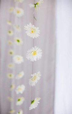 15 Amazing Daisy Themed Wedding Ideas - | eWeddingFavors.com Blog