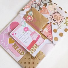 Flipbooks ❤ Mail that clearly deserves to be framed. Can we just appreciate the perfect combination of pink, gold and floral. Pen Pal Letters, Pocket Letters, Snail Mail Flipbook, Envelopes, Snail Mail Pen Pals, Diy And Crafts, Paper Crafts, Arte Sketchbook, Envelope Art
