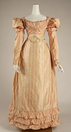 Visiting Dress  1822  The Metropolitan Museum of Art