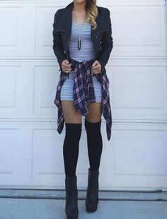 This grunge but sexy outfit Grunge Outfits, Edgy Outfits, Grunge Fashion, Fall Outfits, Cute Outfits, Throwback Outfits, Dress Outfits, Estilo Grunge, Hipster