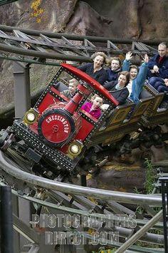 Runaway Train, Chessington World of Adventures