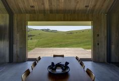 Atelier Andy Carson have designed a two bedroom modern guest house in Australia, that has simple farm shed like appearance, with a welcoming interior. Farm Shed, Australian Beach, Timber Deck, Green Architecture, Architect House, Beach House, Interior Decorating, Interior Design, House Design