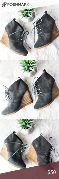 Express | 'Simply Suede' Gray Lace Up Ankle Boots My sexy & chic in these gorgeous leather | suede booties by Express. Has a few small marks (see photos.) In overall wonderful condition! Perfect with jeans or even dresses! Size 6M. Retail price $108. Bundle for a discount ✨ Express Shoes Ankle Boots & Booties