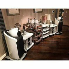 High end audio audiophile B&W music listening room