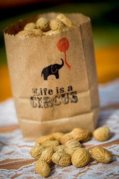 Peanut snacks at a circus wedding! Read more at : http://theweddingly.com/