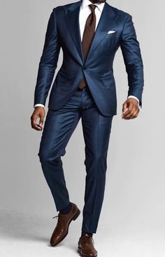 Suit fashion - Top 5 Places to Buy Custom Suits Online Mens Fashion Blog, Mens Fashion Suits, Mens Suits, Mens Casual Suits, Classy Suits, Classy Men, Blue Suit Men, Blue Suits, Terno Slim