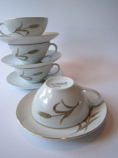 Vintage Wentworth Harvest Teacups & Saucers Set of by thechinagirl