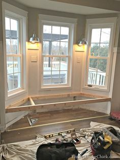 building a window seat ( I have been wanting one in the bedroom forever!! slm)