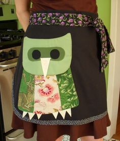 Owl Pocket BBQ Chefs Apron. Can I have that a little smaller please?
