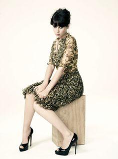 Felicity Jones  #style #fashion #celebs