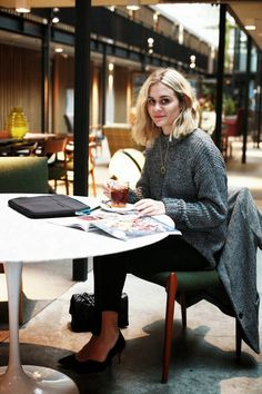 Adenorah / French fashion blogger / Chic dressing while traveling