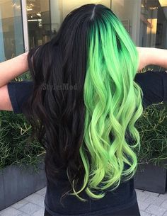 Perfect Hair Color Combinations & Styles In 2019 If you are ready to change your Hair Color Styles in the Modern year of Then here you can choose the Best Ideas and Stunning Hair Color Combinations to lighten up your look in the next occasion. Perfect Hair Color, Hair Color For Black Hair, Cool Hair Color, Perfect Makeup, Dyed Black Hair, Black And Green Hair, Neon Green Hair, White Hair, Vivid Hair Color