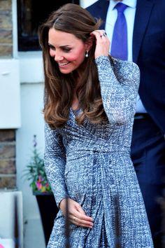 Baby Bump Fashion: Pregnant Kim Kardashian Vs. Kate Middleton! (Photos)