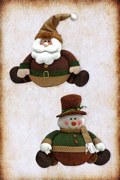 Santini Navidad | Mocaccino Xmas, Christmas Tree, Christmas Ornaments, Holiday Crafts, Holiday Decor, Christmas Fabric, Waldorf Dolls, Fabric Decor, Snowman