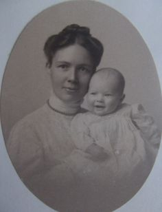 """Great Grandmother Annie Lawrence Edmands (Dane) and Grandfather Francis S. """"Duke"""" Dane II in 1908"""