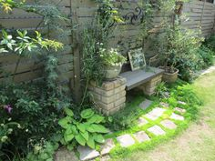 プライベートな空間に憧れて ガーデンDIYを楽しむ #85 ポコさん | 素敵なお庭紹介 | アイリスガーデニングドットコム | ガーデニングの全てが分かる情報・コミュニティサイト