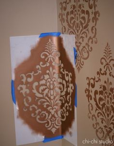 How to stencil a wall with great tips and tricks form Chi-Chi Studio Designs