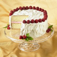 Learn to make Raspberry White Chocolate Cake. Read these easy to follow recipe instructions and enjoy Raspberry White Chocolate Cake today!