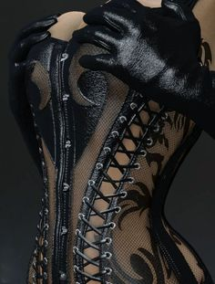 Sexy black corset & gloves!