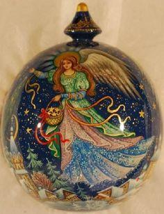 Ange de Noël, décor dans le style des miniatures de Kholui