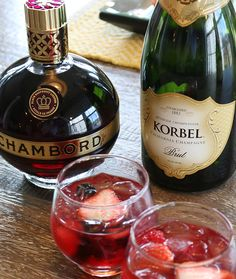 Kir Royale  INGREDIENTS 1 cup Chambord® Liqueur 1 cup Cranberry Juice 6 cups 2 oz KORBEL® BRUT CALIFORNIA CHAMPAGNE HOW TO MAKE IT Combine all ingredients in a punch bowl or large pitcher. Stir and garnish with fresh raspberries or blackberries, then serve immediately.