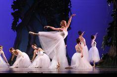 Lexington Ballet pays tribute to artists who helped modernize the art form http://www.kentucky.com/2013/09/19/2830936/lexington-ballet-pays-tribute.html