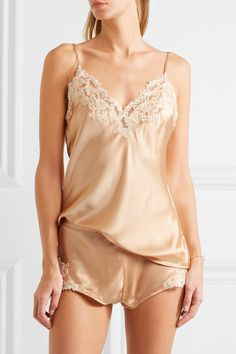 Gold silk-blend satin and lace Slips on 80% silk, 10% viscose, 5% polyester, 5% nylon Dry clean Made in Italy