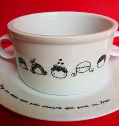 VAJILLA DIBUJADA Sharpie Designs, Sharpie Projects, Sharpie Crafts, Coffee Mug Crafts, Best Coffee Mugs, Sharpie Paint Pens, Sharpie Art, Sharpies, Glass Ceramic